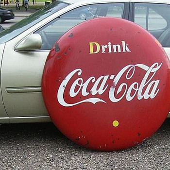 1956 Coca Cola Button - 4 Feet (Canadian) - Coca-Cola