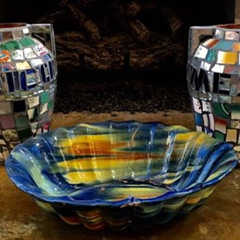 Large Oaxacan Dripware Centerpiece or Fruit Bowl and Two Mosaic Urns - Pottery
