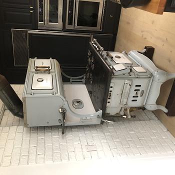 Universal stove Cribben & Sexton of Chicago 1918  - Kitchen