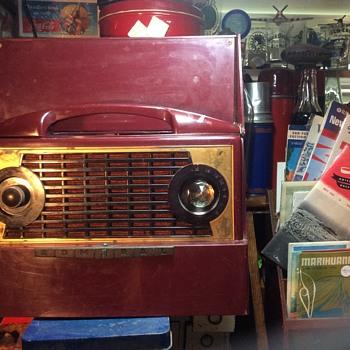 I give a Hoot - Radios