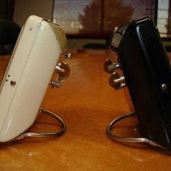 Westclox SPUR alarm clock silencer button placements - Clocks