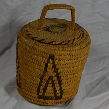 Small Arrowhead Design Basket Native American - Native American