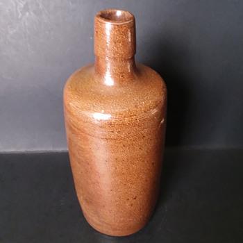Stoneware wine (?) bottle from Portugal - Bottles