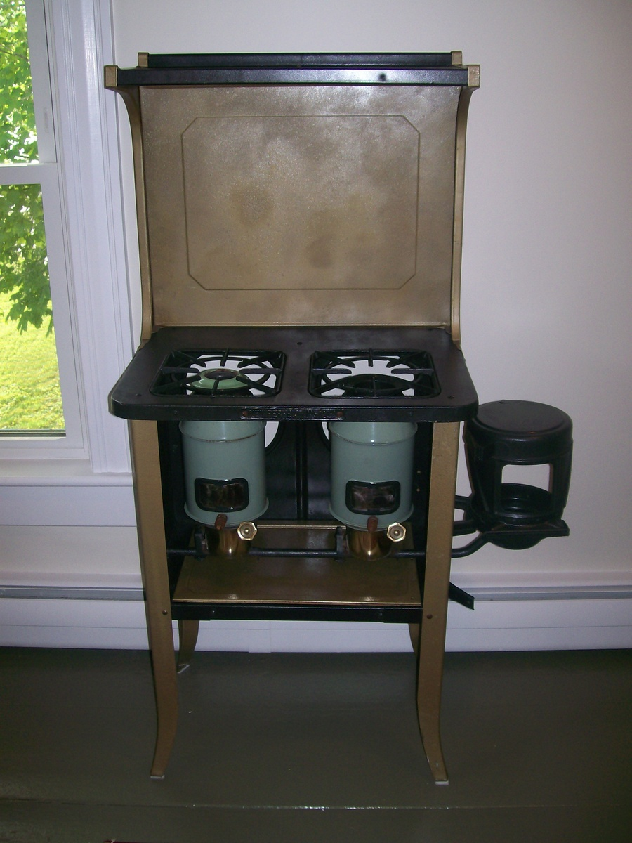New Perfection 502 Kerosene Stove | Collectors Weekly for Kerosene Cook Stove  143gtk