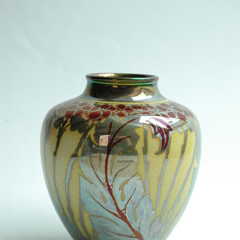 PILKINGTON'S ROYAL LANCASTRIAN lustre pottery vase by Charles Cundal, 1909 - Arts and Crafts
