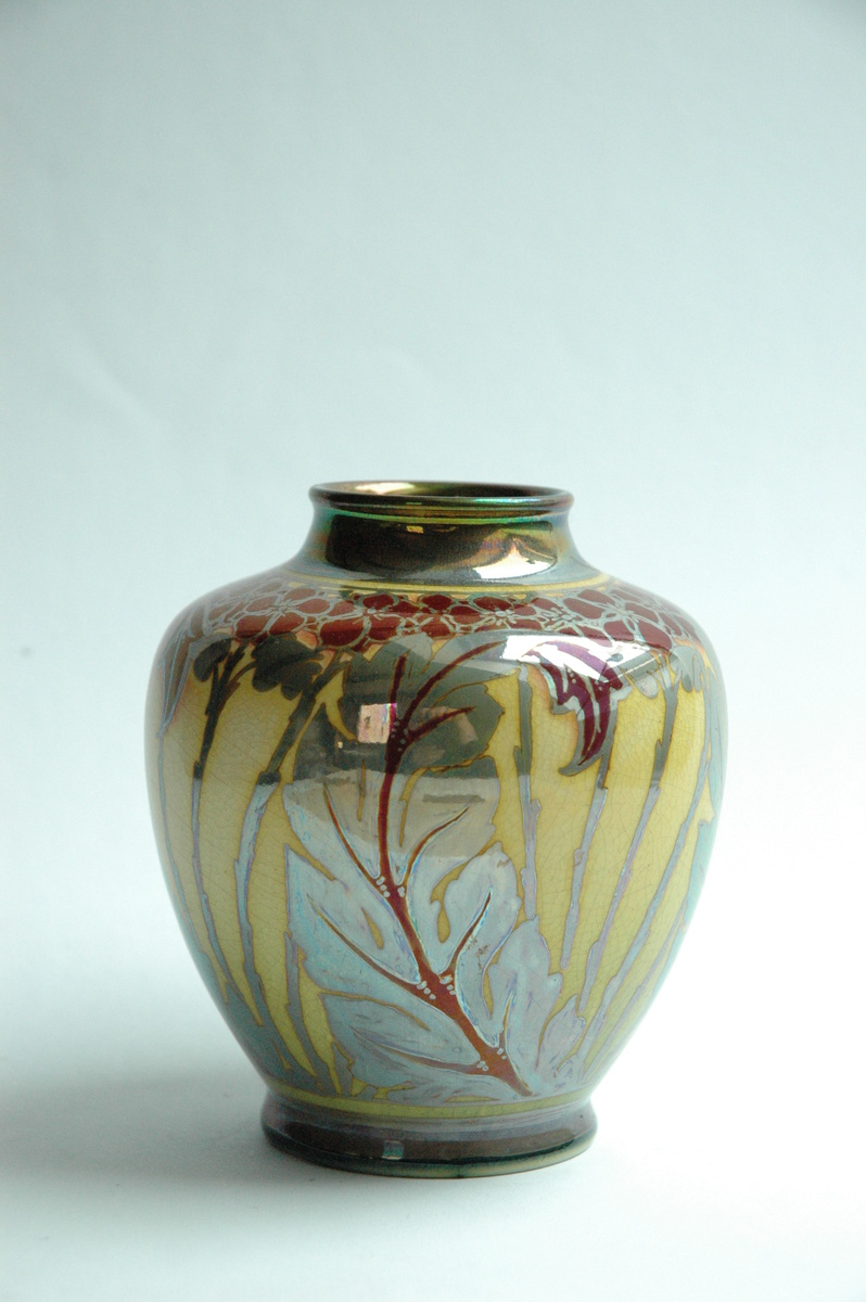 Pilkingtons royal lancastrian lustre pottery vase by charles pilkingtons royal lancastrian lustre pottery vase by charles cundal 1909 collectors weekly reviewsmspy