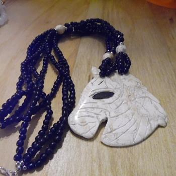 Vintage Horse Head Necklace Onyx+