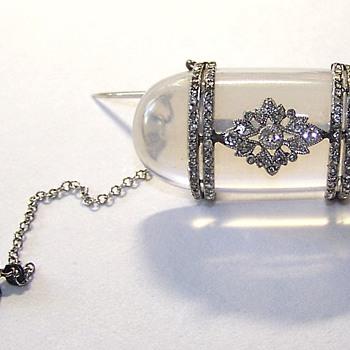 Victorian Keepsake Glass Brooch Displays Mine Cut Diamond Ring  - Fine Jewelry