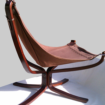 Vante Mobler Falcon Chair - Furniture