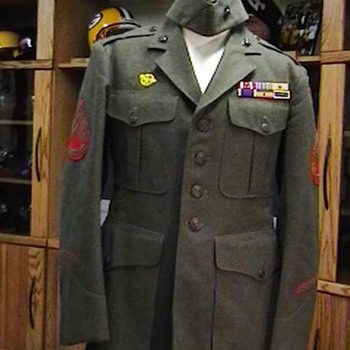 1943 U.S. Marine Jacket and Cap - Military and Wartime