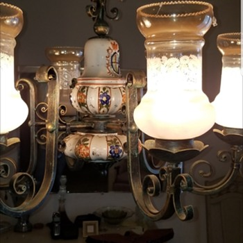 Vintage chandelier need info please  - Lamps