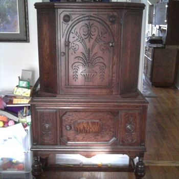 Handcarved Hutch - Furniture