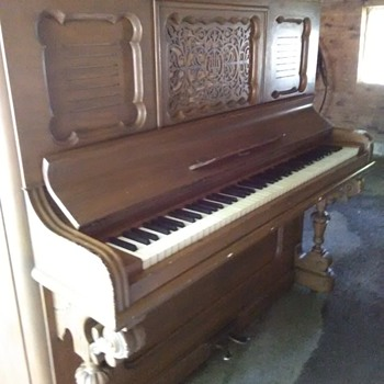 1880 Horace Waters No.56978  New Scale Cabinet Grand Upright Piano.  - Musical Instruments