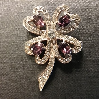 Wiesner four leaf clover brooch  - Costume Jewelry