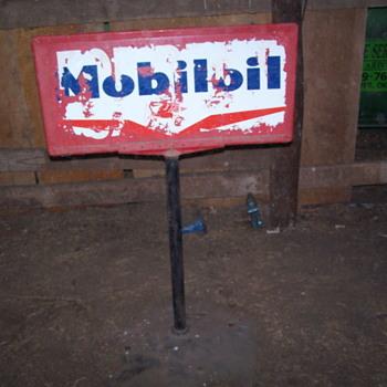 Mobiloil over Socony Vacuum - Advertising
