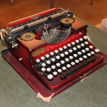 1927 Royal 'P' Portable Typewriter - Office