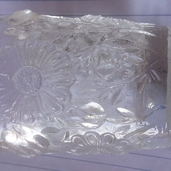 Eapg? Daisy toothpick or candle holder