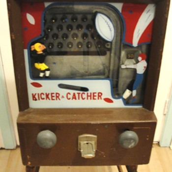 Kicker Catcher Trade Game  - Games