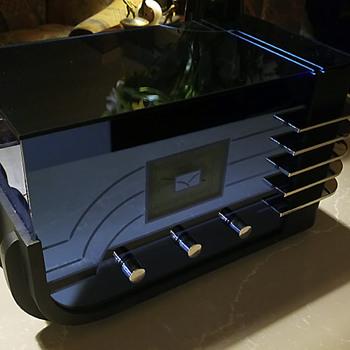 Sparton (Sparks-Whittington) model 557, Sled 1937, Designed by Walter Dorwin Teague   - Radios