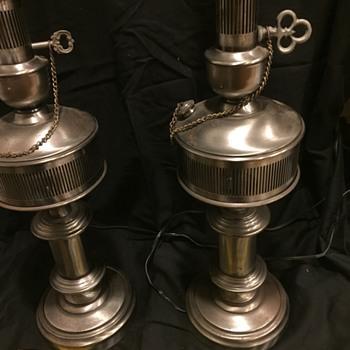 Quoizel Metal Lamps