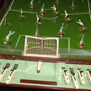 Mechanical Soccer Game - Games