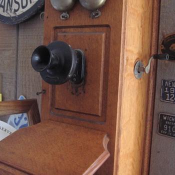 Here's my Telephone Floridagal - Telephones