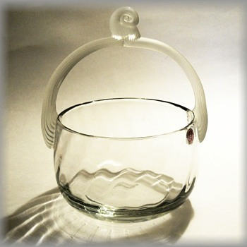 Art Glass Basket -- Foil Label ( Made in Romania ) - Art Glass