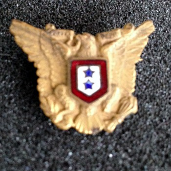 Eagle sweetheart pin - Military and Wartime