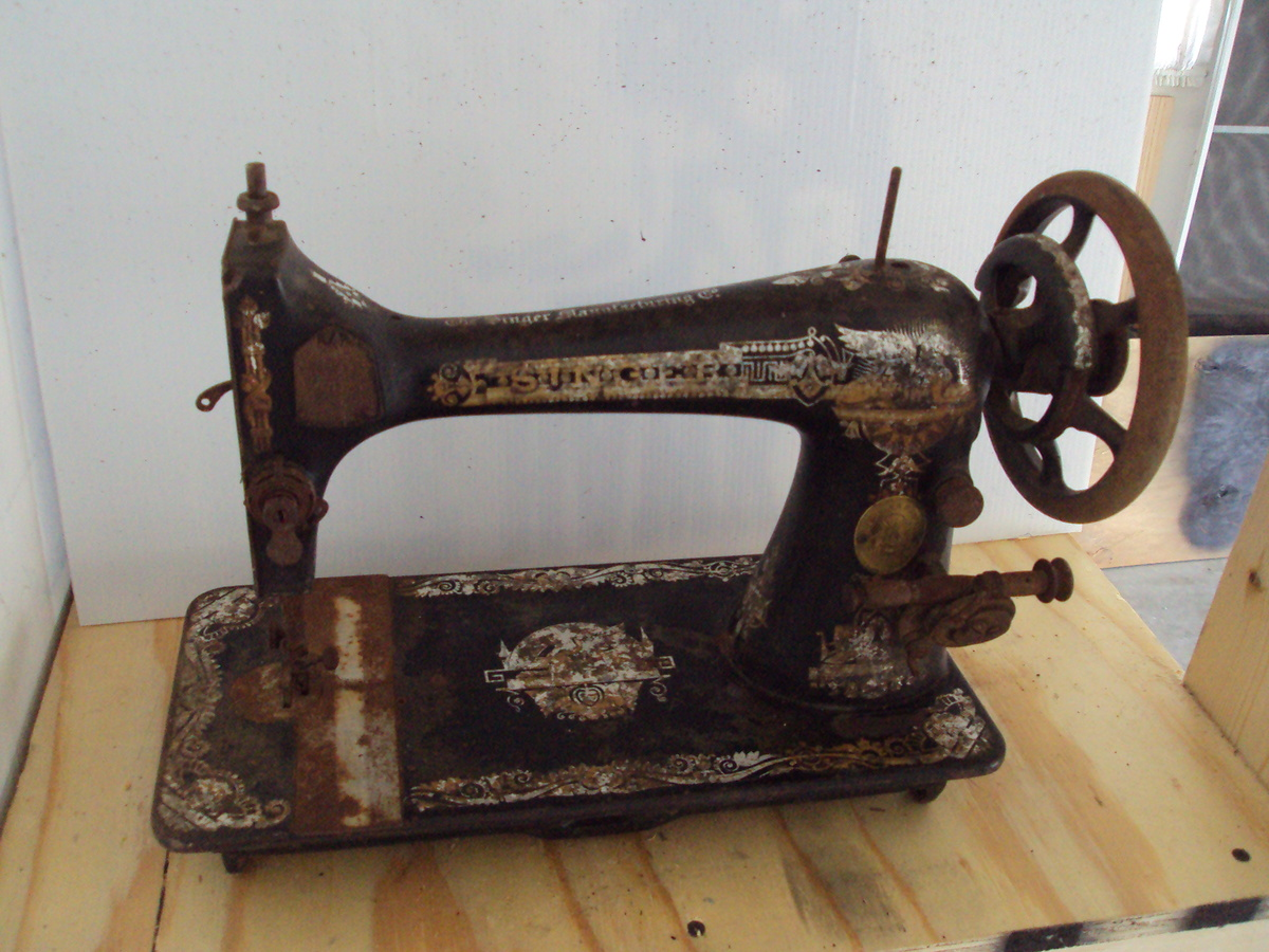 1906 Singer Sewing Machine | Collectors Weekly