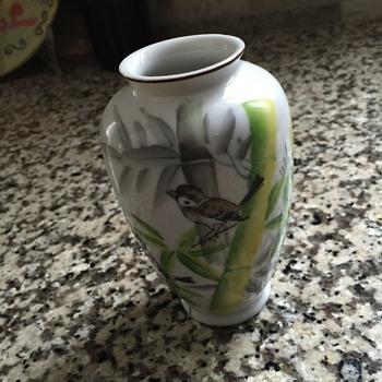 Mini hand painted vase - occupied Japan