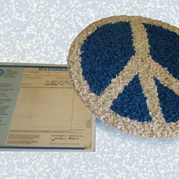 "KY promo - 13 1/2"" Plastic ""popcorn"" Peace Symbol w 1972 VW - Classic Cars"