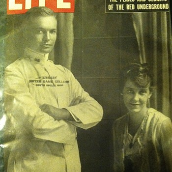 President einsenhower's wedding photograph on the cover of life magazine