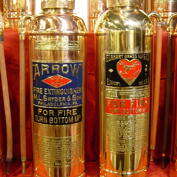 FIRE FIGHTING COLLECTIBLES - Firefighting