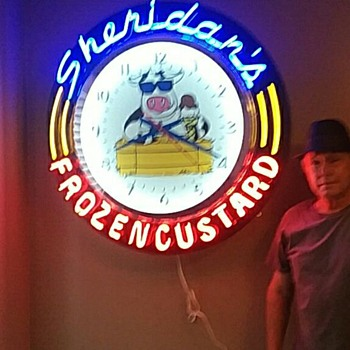 Sheridans frozen custard neon clock - Clocks
