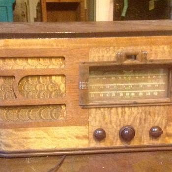 Vintage radios. Etc