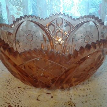 Orange cut/pressed bowl - Glassware