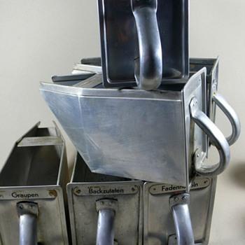 margarethe schütte lihotzky - frankfurter kitchen - Art Deco