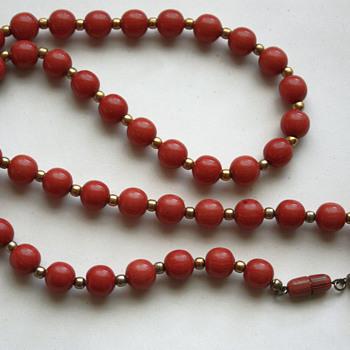 "Vintage ""ivorine"" necklace"