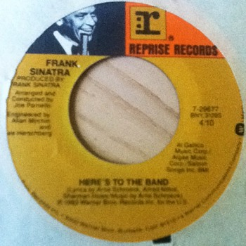 "Frank Sinatra - ""Here's to the Band"" & ""It's Sunday"" 45 Record - Records"