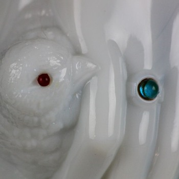 Atterbury 'Hand With Dove' covered dish, c.1889