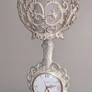 Different to me clock/ lamp - Clocks