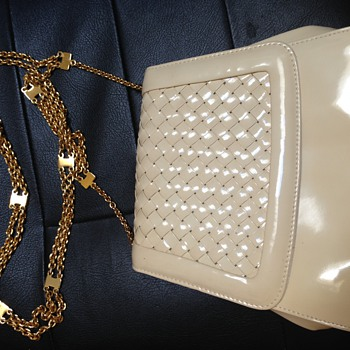 Vintage Cream Colored Patten Leather Handbag With Long Gold Chain - Bags
