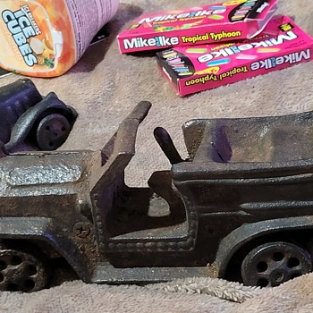 Old car - Model Cars