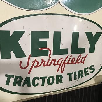 Kelly springfield tractor tire sign  - Petroliana