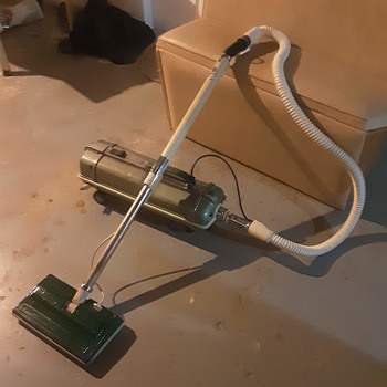 Electrolux  model  ZB89 E vacuum - Tools and Hardware