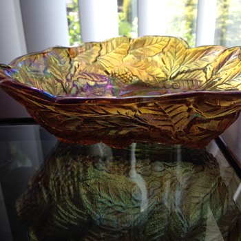 Carnival Bowl or Fenton glassware Yellow  - Glassware