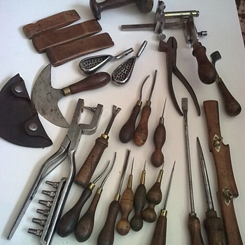 Collection of saddler's / harness maker's tools. - Tools and Hardware