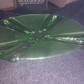 An Art Deco, Neo Classical era large twin tone green plate in near mint condition. - Art Glass
