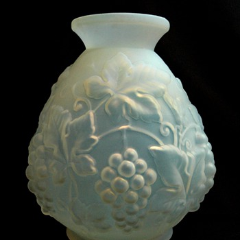 "large art deco ETALEUNE /ETLING vase model ""PAMPRES"" - Art Deco"