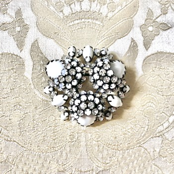 Schreiner Signed Milk Glass and Clear Rhinestone Japanned Brooch  - Costume Jewelry